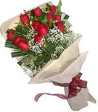 11 adet kirmizi güllerden özel buket  Siirt çiçek satışı