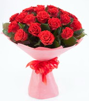 12 adet kırmızı gül buketi  Siirt çiçek yolla