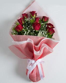 9 adet kırmızı gülden buket  Siirt yurtiçi ve yurtdışı çiçek siparişi