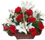 sepette gül ve kazablankalar   Siirt çiçek gönderme sitemiz güvenlidir
