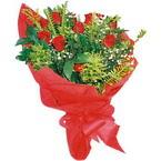 10 adet kirmizi gül buketi  Siirt çiçek mağazası , çiçekçi adresleri