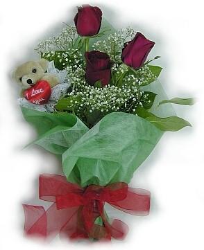 3 adet gül ve küçük ayicik buketi  Siirt hediye çiçek yolla