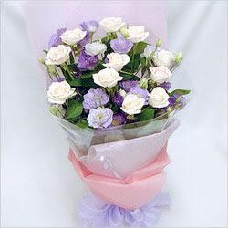 Siirt çiçek gönderme  BEYAZ GÜLLER VE KIR ÇIÇEKLERIS BUKETI