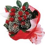 Siirt çiçek gönderme  KIRMIZI AMBALAJ BUKETINDE 12 ADET GÜL