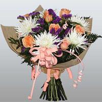 güller ve kir çiçekleri demeti   Siirt çiçekçi telefonları