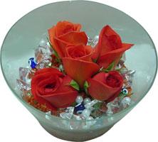 Siirt internetten çiçek satışı  5 adet gül ve cam tanzimde çiçekler