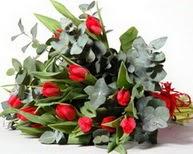 Siirt yurtiçi ve yurtdışı çiçek siparişi  11 adet kirmizi gül buketi özel günler için