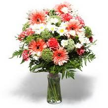 Siirt çiçekçi telefonları  cam yada mika vazo içerisinde karisik demet çiçegi