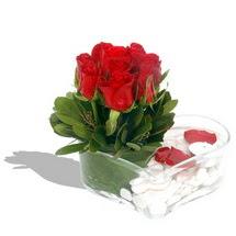 Mika kalp içerisinde 9 adet kirmizi gül  Siirt online çiçek gönderme sipariş