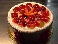 Meyvali yas pasta 4 ile 6 kisilik pasta  Siirt çiçek yolla
