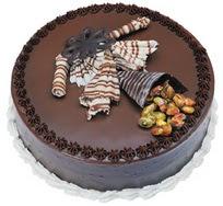 Çikolatali yas pasta 4 ile 6 kisilik  leziz  Siirt cicek , cicekci