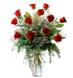 Vazo içerisinde 11 kirmizi gül  Siirt çiçek , çiçekçi , çiçekçilik