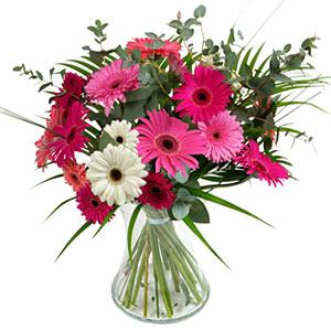 15 adet gerbera ve vazo çiçek tanzimi  Siirt ucuz çiçek gönder