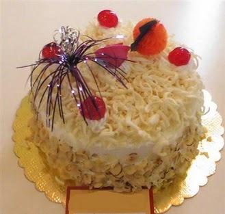 pasta siparisi 4 ile 6 kisilik yaspasta mis lezzette  Siirt güvenli kaliteli hızlı çiçek