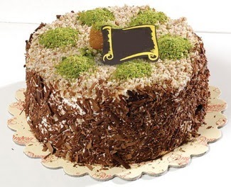 pasta gönderme 4 ile 6 kisilik çikolatali yas pasta  Siirt yurtiçi ve yurtdışı çiçek siparişi