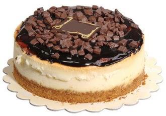 pasta yolla 4 ile 6 kisilik çikolatali yas pasta  Siirt ucuz çiçek gönder