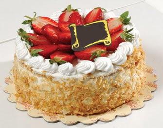 uygun pastaneler 4 ile 6 kisilik çilekli yas pasta lezzetli  Siirt çiçek , çiçekçi , çiçekçilik