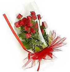 13 adet kirmizi gül buketi sevilenlere  Siirt çiçek , çiçekçi , çiçekçilik