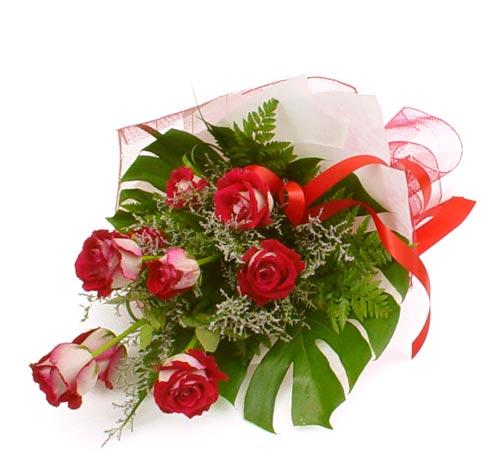 çiçek gönder 7 adet kirmizi gül buketi  Siirt cicekciler , cicek siparisi