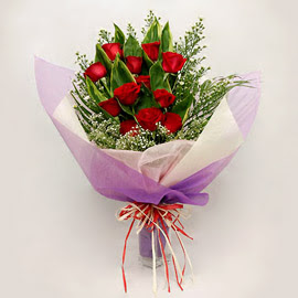 çiçekçi dükkanindan 11 adet gül buket  Siirt çiçek gönderme sitemiz güvenlidir
