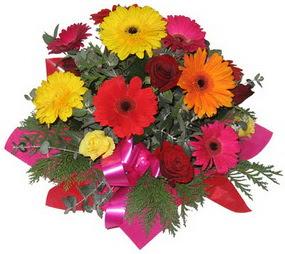 Karisik mevsim çiçeklerinden buket  Siirt internetten çiçek siparişi