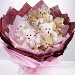 9 adet ayiciktan buket  Siirt çiçek satışı