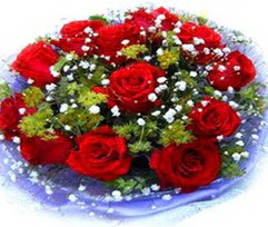 9 adet kirmizi güllerden buket  Siirt güvenli kaliteli hızlı çiçek
