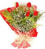 Siirt çiçekçiler  5 adet kirmizi gül buketi demeti