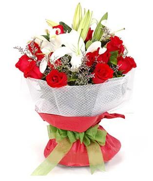 Siirt İnternetten çiçek siparişi  1 dal kazablanka 11 adet kırmızı gül buketi