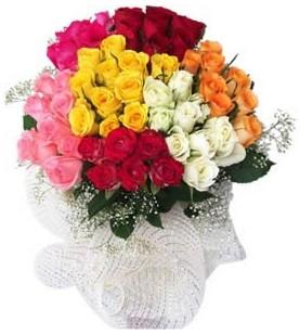 Siirt güvenli kaliteli hızlı çiçek  51 adet farklı renklerde gül buketi