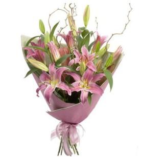 Siirt çiçek online çiçek siparişi  3 dal cazablanca buket çiçeği