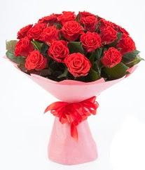 15 adet kırmızı gülden buket tanzimi  Siirt çiçek yolla