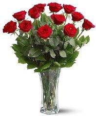 11 adet kırmızı gül vazoda  Siirt çiçek satışı