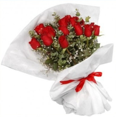 9 adet kırmızı gül buketi  Siirt çiçek gönderme sitemiz güvenlidir