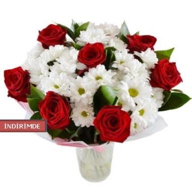7 kırmızı gül ve 1 demet krizantem  Siirt çiçek servisi , çiçekçi adresleri